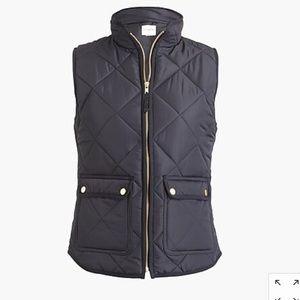 J CREW Black Puffer Vest (MEDIUM)